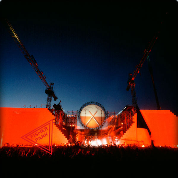 065-RogerWaters-TheWallBerlin-90-LF-1365w